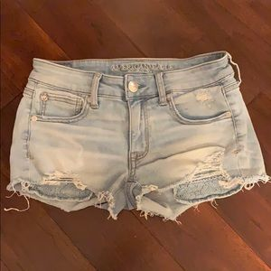 American Eagle Size 2 Shorts with Lace Pockets